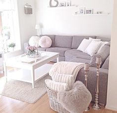 Shared by Venis Di. Find images and videos about white, home and house on We Heart It - the app to get lost in what you love. Home Living Room, Apartment Living, Living Room Decor, Living Spaces, Bedroom Decor, Living Area, Living Room Inspiration, Home Decor Inspiration, Home And Deco
