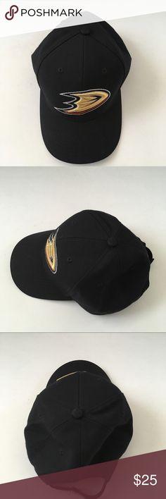 Reebok Anaheim Ducks Cap Excellent condition. Reebok Accessories Hats