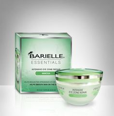 Helps reduce the appearance of eye area wrinkles. Helps smooth skin on the eyelids.