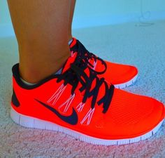 Nike women s running shoes are designed with innovative features and  technologies to help you run your best 6f35e52ddf8