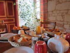Service et tables d'hôtes - à la Cotinière entre Angers et Saumur