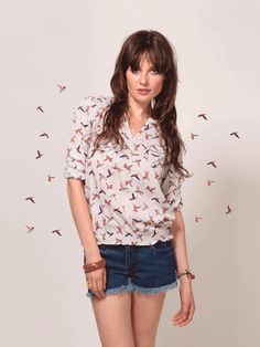 adcbd767ff9 Check out this trendy bird print top from KOOVS! Workout Tops