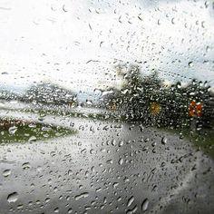 . . . . . #trip#roadtrip#rain#drops#drop#road#roadway#rainy#rainyday#sky#way#water#tree#wet#elongated#igers#vsco#landscape#valle#colombia#shot#carretera#gotas#lluvia#idvalle#igersvalle