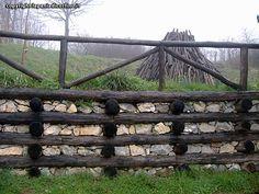 rönk támfal Garden Bridge, Firewood, Pergola, Outdoor Structures, Photo And Video, Fa, Home, Google, Woodburning