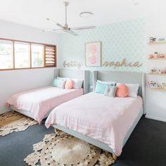 15 Cute Bedroom Ideas for Girls - Cool Bedroom Design Twin Girl Bedrooms, Sister Bedroom, Cool Kids Bedrooms, Cute Bedroom Ideas, Girls Bedroom, Teen Shared Bedroom, Twin Bed For Girls, Childrens Bedrooms Shared, Kids Bedroom Ideas For Girls Toddler