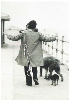 Beautiful photo of Paul, Heather, Martha, and their other dog - taken by Linda.