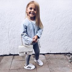 Lil fashionista via @miss.lendel