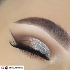 How to Make Money Daily Eye Makeup, Smoke Eye Makeup, Brown Smokey Eye Makeup, Silver Eye Makeup, Bridal Eye Makeup, Creative Eye Makeup, Makeup Eye Looks, Eye Makeup Art, Eyeshadow Makeup