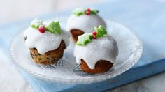 Christmas mini-muffins: super easy and make perfect nibbles - For all your Christmas cake Christmas Canapes, Christmas Desserts, Christmas Baking, Christmas Nibbles, Christmas Time, Thanksgiving Desserts, Homemade Christmas, Christmas Gifts, Christmas Ornaments