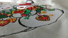 Snowmen meet the new year machine embroidery design