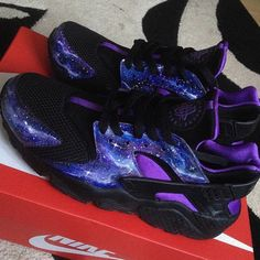 Image of Galaxy Huaraches they are amazing Huaraches Shoes, Nike Shoes Huarache, Jordan Shoes Girls, Girls Shoes, Cute Sneakers, Shoes Sneakers, Women's Shoes Sandals, Shoe Boots, Mode Chanel