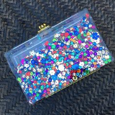 It's not that we're picking favorites but GLIMMER is really pretty  #Ashlynd #clutch #sequins #nye #fashion #style #handbags #handmade #glitter #purse #presents #gifts #shopping #ootd
