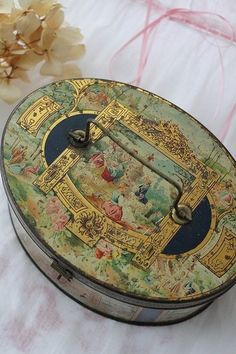 Vintage French oval tin with handle