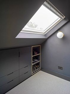 Well Lane Home by Mulroy Architects Traditional single family house located in London, UK, redesigned by Mulroy Architects. Attic Bedroom Closets, Attic Bedroom Storage, Bedroom Built Ins, Attic Bedroom Designs, Loft Storage, Attic Design, Upstairs Bedroom, Loft Design, Bedroom Loft
