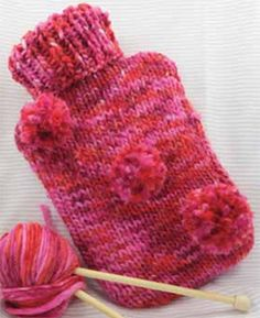 Download a free pattern to knot this cosy hot water bottle cover