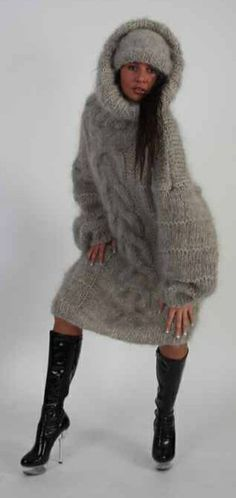 Pullover Pink, Pullover Mode, Winter Dress Outfits, Outfit Winter, Mohair Sweater, Men Sweater, Gros Pull Mohair, Sweater Dress Outfit, Sweater Fashion
