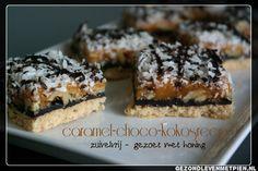 Een heerlijke kokossnack met chocolade en caramel, gezoet met honing en opgebouwd uit 6 lagen