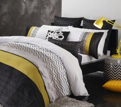 http://www.luxurylinen.co.nz/logan-and-mason-lorenzo-citrus-duvet-cover-set.html
