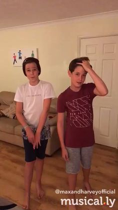 ❤️❤️❤️❤️❤️❤️❤️ Max Mills, Harvey Mills, Cute 13 Year Old Boys, Forever Love, Gay Couple, Young Boys, Hot Boys, Boys Who, Children Photography