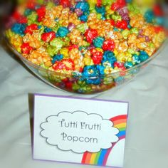 Popcorn at a Rainbow Party #rainbow #partypopcorn