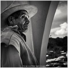 """""""From my father, I learned the importance of working sincerely at things to which I had committed myself, and to persevere untiringly even in the face of little progress.""""  ~ Koichi Tanaka  Photographer: Kristjan Logason Indigenous in Chiapilla, Mexico   <3 lis"""
