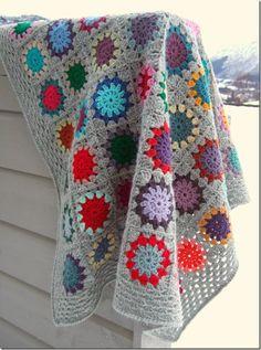 crochet Love the gray Scrap Crochet, Crochet Quilt, Crochet Afghans, Love Crochet, Crochet Granny, Beautiful Crochet, Diy Crochet, Crochet Stitches, Afghan Patterns