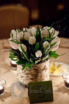 wedding decoration with tulips / http://www.himisspuff.com/white-tulip-wedding-ideas-for-spring-weddings/5/