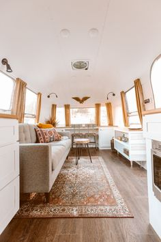 See Inside a Musician's Retro-Inspired Airstream Home Airstream Campers, Airstream Interior, Remodeled Campers, Airstream Living, Van Living, Living Area, Small Living, Living Room, Rv Homes