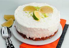 Joghurtos-limeos sajttorta recept képpel. Hozzávalók és az elkészítés részletes leírása. A joghurtos-limeos sajttorta elkészítési ideje: 30 perc