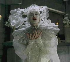 Sadie Frost as Lucy Westenra in Bram Stoker's Dracula dir. Manado, Sadie Frost, Dracula Costume, Eiko Ishioka, Gala Themes, Bram Stoker's Dracula, Dracula Film, Vampire Dracula, Beautiful Dark Art