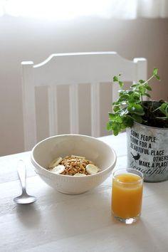 Tinkas Welt: Gerösteter Porridge mit Kokos-Mandel-Knuspermüsli