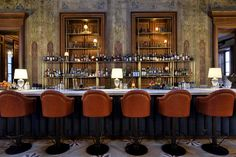Soho House Istambul Is Now Open - News & Events Soho Hotel, Hotel Restaurant, Restaurant Design, Soho House Istanbul, Dining Room Colors, Dining Room Design, Bar Lounge, Home Design, Bar Interior
