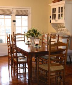 French Provincial Dining Is All About Creating That Perfect Space Stunning French Provincial Dining Room Table Decorating Inspiration