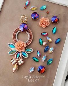 Soutache earrings by Layla Jewelry Beaded Tassel Earrings, Soutache Jewelry, Earrings Handmade, Dangle Earrings, Handmade Jewelry, Stud Earring, Bridal Jewelry, Diy Jewelry, Jewelery