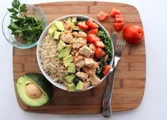 (Photo by Katherine Baker, Spoon University) A weeks worth of Vegan meals Vegan Foods, Vegan Dishes, Vegan Vegetarian, Vegetarian Recipes, Healthy Recipes, Vegan Meals, Cheap Recipes, Healthy Meals, Vegan Lunches