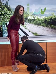 Red Leather Trousers, Pvc Trousers, Leather Tights, Tight Leather Pants, Leather Pants Outfit, Red Leather Skirt, Cute Casual Outfits, Sexy Outfits, Hottest Weather Girls