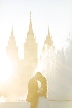 LDS Temple Photo by Tyler Rye Photography, Salt Lake City Temple #utahvalleybride #utahwedding #utahweddingphotography
