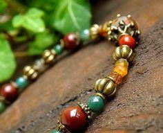 Bracelet Tourmaline, Agate mousse, Jaspe mokaite, Agate Dzi, feuille métal bronze: ᘛ Refuge des Korrigans ᘚ : Bracelet par atelier-bijoux-legendaires