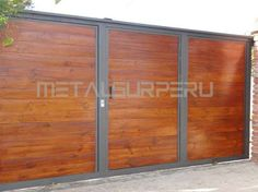 portones de madera modernos - Buscar con Google Garages, Fence Gate, Iron Gates, Home Projects, Divider, Patio, Fireplaces, Wood, Nailart