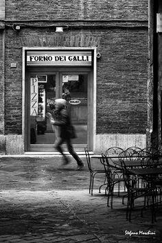 Per le vie di Siena - Foto di Stefano Moschini - #Siena #Toscana #ViaDeiTermini #ViaDeiPontani