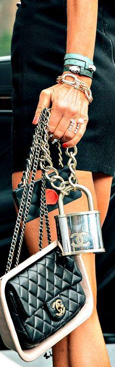 Chanel - | LadyLuxuryDesigns