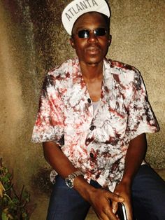 Baba, wearing an 'embassador's shirt' in Anja's batik