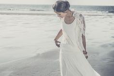 Robe de mariee boheme sur la plage - Laure de Sagazan robe de mariee Marivaux voile Merimee 2014 - La Fiancée du Panda Blog Mariage  Lifestyle