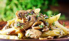 Ένα πολύ εύκολο και γρήγορο πιάτο ζυμαρικών με μανιτάρια. Το φρέσκο θυμάρι απογειώνει τη συνταγή. Veggie Recipes, Dessert Recipes, Cooking Recipes, Healthy Recipes, Super Dieta, I Want To Eat, Slow Food, Vegan Foods, Potato Salad