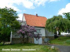 VERKAUFT! 1-2-Familienhaus in zentraler Lage in Alfeld. Weitere Informationen und Angebote unter: www.dettmer-immobilien.de