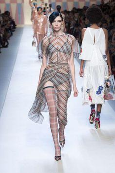 Milano Fashion Week: le tendenze della primavera-estate 2018 - Notizie : Sfilate (#873336)