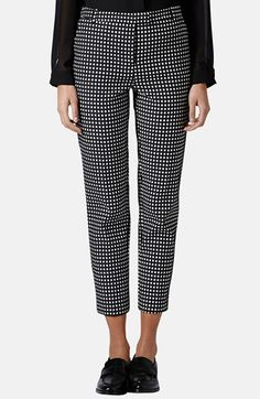 Topshop Gingham Print Cigarette Pants available at Nordstrom Estilo Gamine, Look Formal, Gamine Style, Office Outfits, Fashion Outfits, Womens Fashion, Mantel, Passion For Fashion, Work Wear