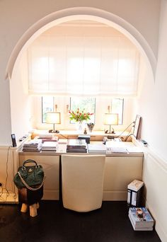 Dorothee Schumacher « the selby    this office! not normally into minimal white spaces for myself, but this looks so peaceful and energizing, simultaneously.