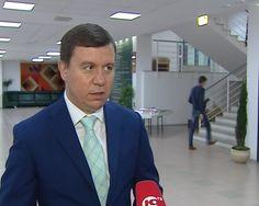 08 февраля, с 17−00, директор департамента культуры ЯНАО Колтунов Евгений Евгеньевич проведёт личный приём граждан.   Запись на приём по телефону: 57070, дополнительный 1022, 1023.