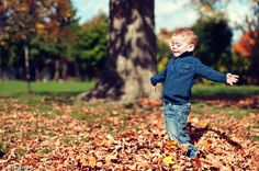 "The Art of Photographing Children – PictureCorrect. Author: Lisa Trocchi. Photo: ""Child Portrait Photography with Autumn Leaves"" captured by Scott Webb. http://www.picturecorrect.com/tips/the-art-of-photographing-children/"